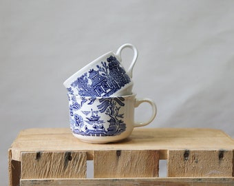 Pair of Churchill Tea Cups, Blue Willow Pattern, Made in England