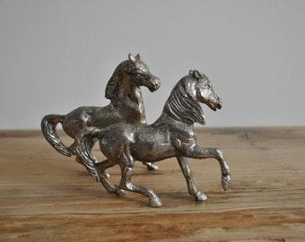 Vintage silver plated metal figurines - Pair of horses running