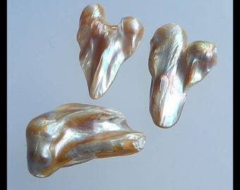 SALE 3PCS Shell Gemstone Cabochons,13.1g