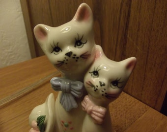 Vintage Kitty Cat Figurine - Statue - Ceramic Cat Figurine with two Lovely Kitties and a hat