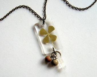 Four Leaf Clover - Real Clover Necklace - botanical jewelry, pressed clover, shamrock, clover necklace, green, St Patrick's Day, ooak, gift