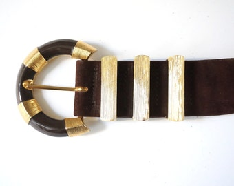 St. John wide enamel brown suede belt