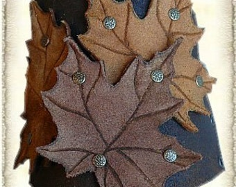 Leather Bracer with leaves