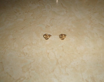 vintage clip on earrings goldtone  knot small