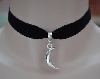 Solid Tibetan Silver CRESCENT MOON Charm 16mm BLACK Velvet Ribbon Choker - kg.. or choose another colour velvet :)