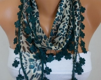 ON SALE --- Emerald Green Leopard Cotton Scarf,Fall Shawl,Cowl,bridesmaid gift.women fashion accessories,women scarves, best selling item sc