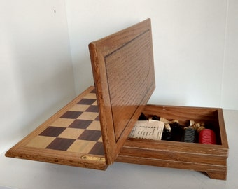 Lifted wooden fold chess set