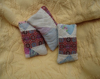 Lavender Sachet set---Old Quilt Sachets---OOAK---Free shipping---Ready to ship