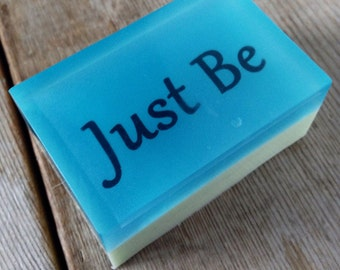Just be - Humours Quotes on a soap - Scented in Green Apple - Let's be inspired at bath time - SLS free - Phthalate free - Fun Soap