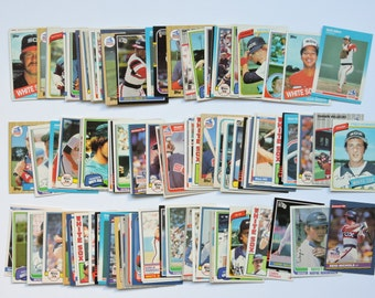 Chicago White Sox - Lot of 100 Assorted Vintage Baseball Cards