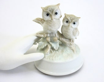 Owl Music Box, Two Owls, 1970's Otaguri Japan, Close To You, Soft Greens Browns, Revolving, Hand-Painted Porcelain, Gift Idea, Excellent