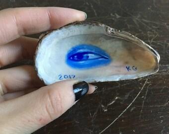 Lover's Eye Seashell - Ultramarine