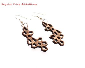 eco friendly geometric earrings - Bamboo Irregular Honeycomb Earrings - 1 ply. modern nature inspired jewelry.