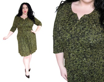 Plus Size Dress / Size XL / Vintage 1950's Green Floral Fit and Flare Dress
