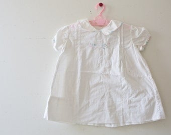 Vintage Baby Dress Vintage White Embroidered Dress Size 0-3 Months Bear Pink Collar Bo Peep Baby in the Carriage