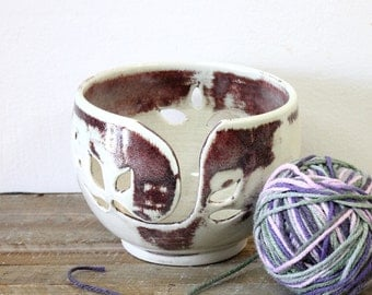 Handmade Knitting Bowl, Pottery Crochet bowl, Ceramic Crochet Bowl, Handmade Yarn Keeper, Yarn Bowl, Yarn Holder