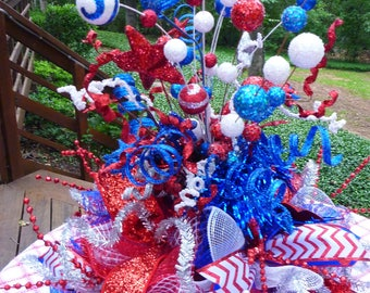 PATRIOTIC CENTERPIECE, July Fourth Centerpiece, Patriotic Table Decoration, Patriotic Party, Memorial Day Centerpiece