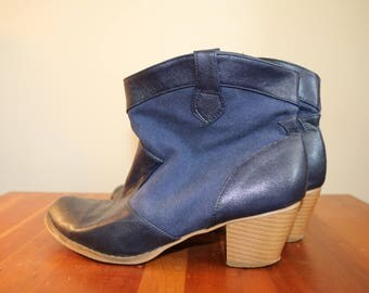 Blue Ankle Boots Booties Western Style in 39 8 8.5