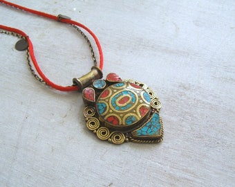 Boho Ethnic Pendant Necklace, Boho Turquoise Coral Pendant Ethnic Jewelry, Tibetan Pendant Charm Necklace Boho Layer Necklace Inlaid Pendant