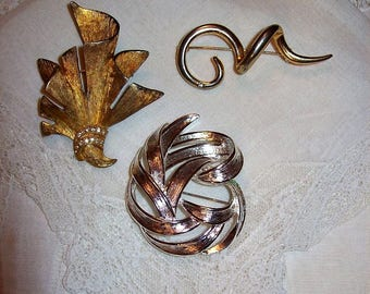 Vintage Brooch Pins Silver Monet & Gold Mid Century All 3 Only 6 USD