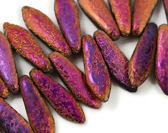 25 Czech Dagger - Etched Pink Purple Gold - 5x16mm