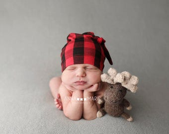 buffalo plaid - baby boy - cool newborn outfits - baby shower gift - photo prop - knot hat - baby beanie slouchy