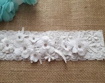 White garter, wedding garter, lace garter, bridal garter - Rhinestone embellishment, floral garter