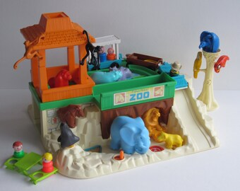 Vintage Fisher Price Little People Zoo #916 1984-87 - Complete