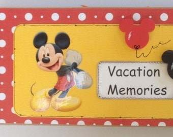 Disney Mickey Mouse Vacation Memories Pre Made Chipboard Scrapbook Album * Just Add Photos *