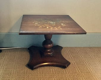 Vintage Hitchcock End Table,Stenciled Table,Rare Hitchcock Lamp Table,Low  Table