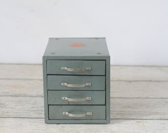 Vintage Wards  Small Parts Tool Metal 4 Drawer Cabinet Chest Box Stackable