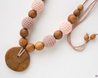 ORGANIC cotton Nursing Necklace, Mommy Necklace, Breastfeeding, Milk Chocolate - Apple Wood