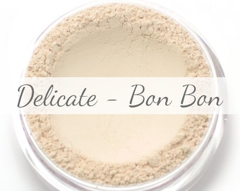 "Vegan Mineral Foundation Sample - Delicate Formula ""Bon Bon"" - very light/pale shade with a pink undertone"