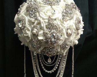 Crystal Brooch Pearl  drape bouquet