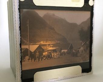 Magic lantern Slide Light Box/ Village Landscape Photo Ornament/ decoration