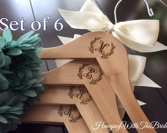 Bridal hanger,Personalized Wedding dress hanger, Wooden Engraved HangerCustom Bridal Hangers,Bridesmaids gift, Wedding hangers with names