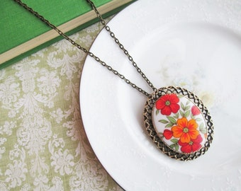 Vintage Red & Orange Flower Brooch into Pendant Necklace, Antique Gold Bronze, Filigree Setting, Statement Pendant Necklace, Pin, Brooch