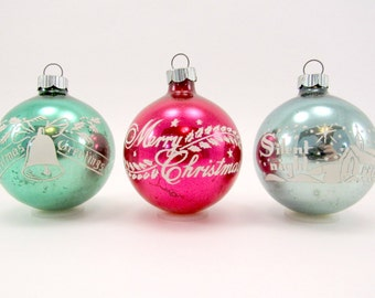 1950s Shiny Brite Christmas Ornaments Stenciled Holiday Decorations Christmas Baubles Green Red Blue