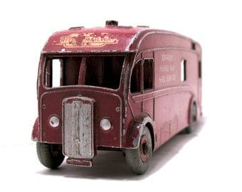 "Vintage Dinky Toy #581 ""British Railways Express Horse Box Hire Service"" Lorry England 1953-Die Cast Aluminum Dinky-Maroon-Collectable Dinky"