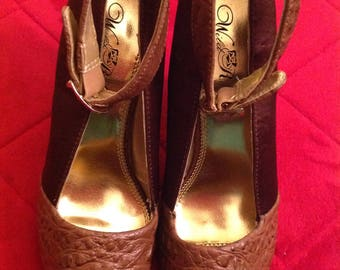 Wild Rose Open Peep Toe Brown Satin and Faux Crocodile Fnacy Heel Pumps Size 8.5 M