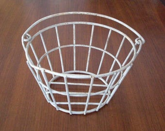 Vintage White Coated Wire Garden Basket with Swing Handle