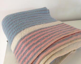 Vintage wool blanket originel 100% wool blanket AaBe Dutch blanket made in Holland