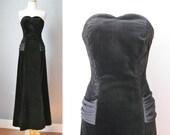 Black Velvet Gown / Vtg 8...