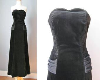 Black Velvet Gown / Vtg 80s / Laura Ashley Embroidered Black Velvet Gown with train / Strapless black gown /