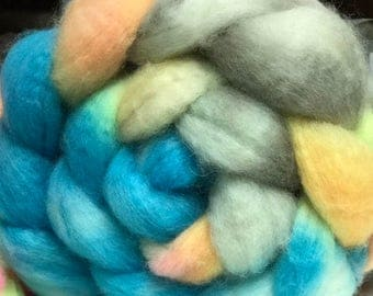 BFL Spinning Felting Roving  SeaSide SunSet    4 ounce Handpainted BFL Top