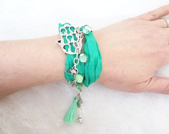Hamsa-Hand of Fatima Bracelet,Green Silk Bracelet,Green Agate Bracelet,Turkish Jewelry,Protection Bracelet,Gift for Her,Mother's Day Gifts