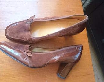 Vintage 1960s brown suede & patent heels