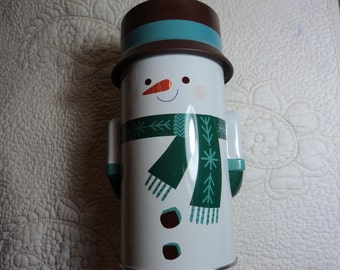 Round metal snowman can