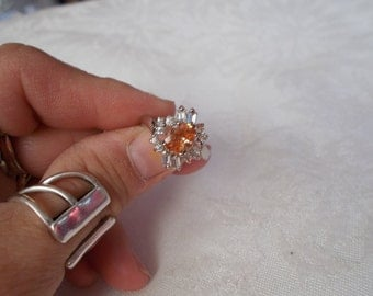 Beautiful Rhinestone Cluster Ring-Size 7.5-R581