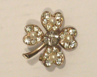 Vintage Lucky 4 Four Leaf Clover Rhinestone and Pearl Brooch/Pin